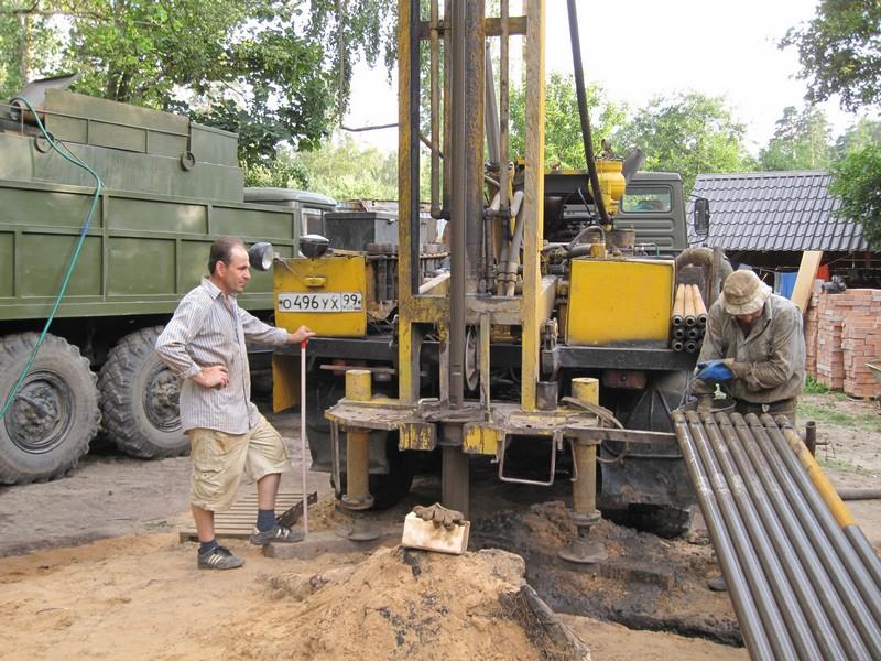 Бурение скважины до 24 м в глине