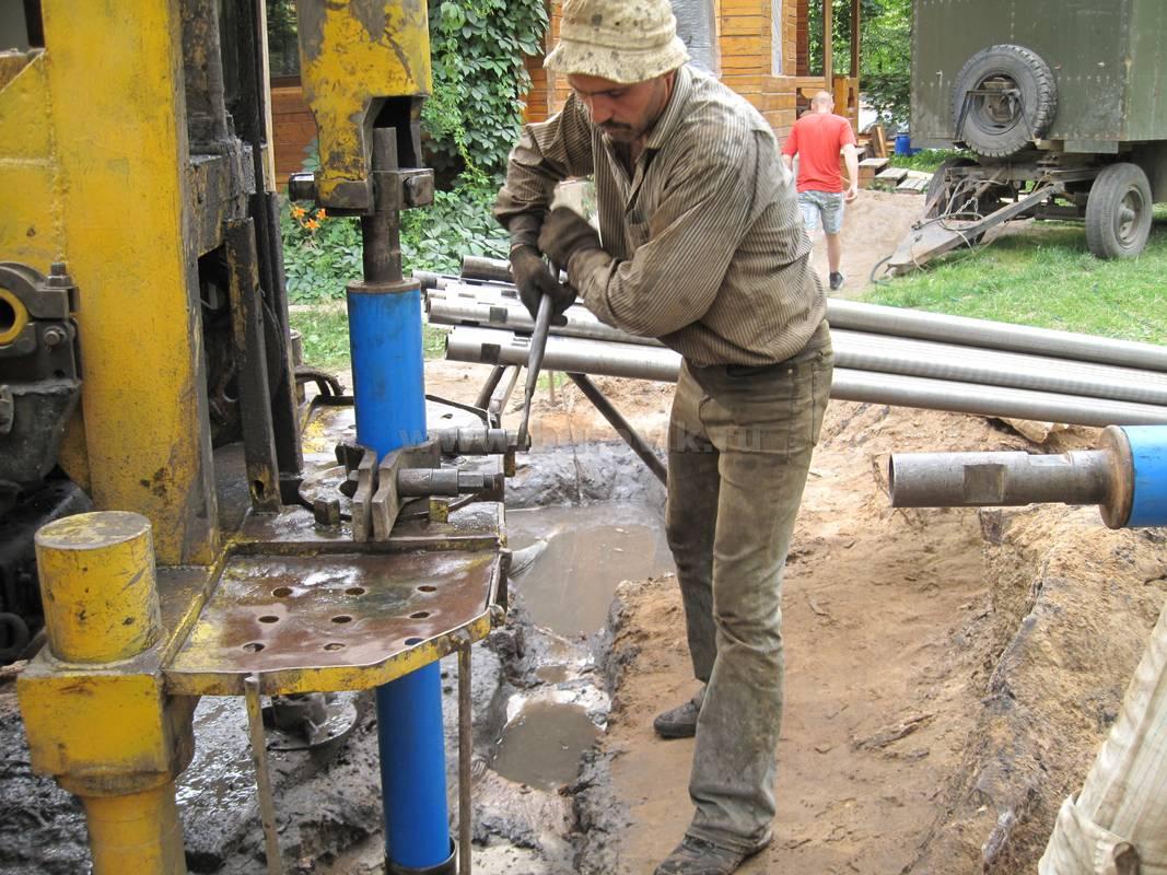 Забуривание скважины на воду